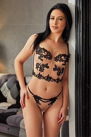 Petite Anal Escort London Ammy