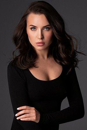 Sexy Russian escort in Kensington