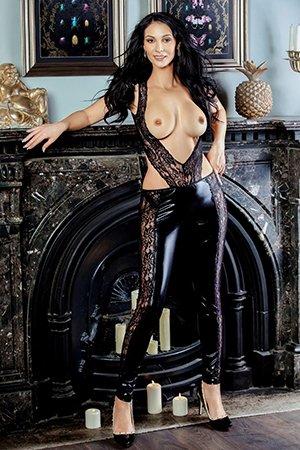 Striptease Escort Girl in Knightsbridge