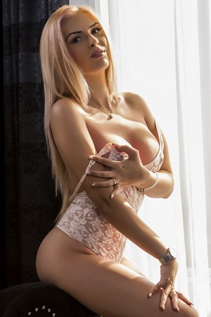 Young Blonde Escort In Bond Street