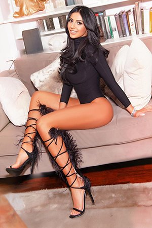 Turkish Party Girl Escort in London