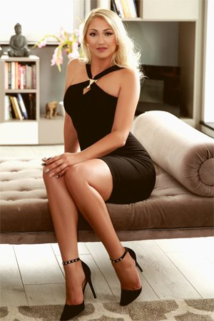 Role Play High Class Escort Girl in Edgware Road