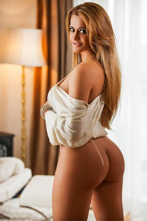 Latina Escort in London Kimberley Brazilian sexy girl