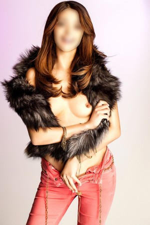 Desi Pakistani Escort At Premier Models UK